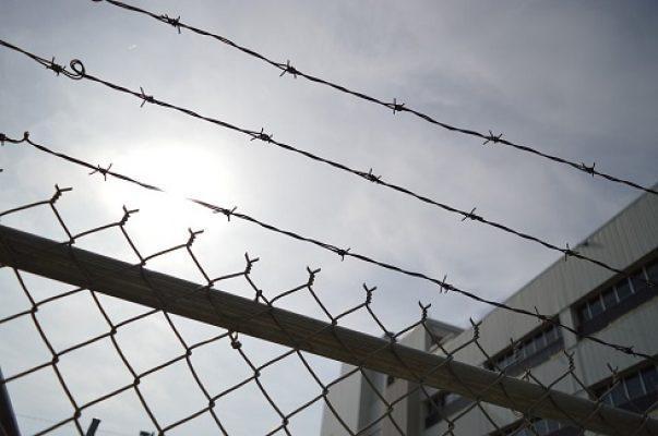 Denver Aiding Escape Lawyer